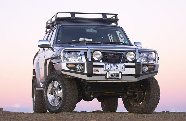 Бампер передний ARB Deluxe под лебедку для Nissan Patrol Y61 GU 10/04+с расширителями