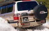 Задний бампер ARB для  Toyota Land Cruiser 100 IFS (пд калитки, черный)